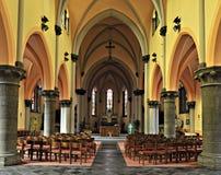 Innenraum der Heilig--Gerykirche Houdeng-Geognies, Belgien Lizenzfreie Stockfotos