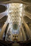 Innenraum der Kathedrale lizenzfreie stockbilder