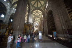 Innenraum der Kathedrale Metropolitana de la Ciudad de Mexiko auf Zocalo-Quadrat Stockbild