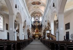 Innenraum der Kirche Ober Pharkirche mit dem barocken Altar in Bamerg Lizenzfreie Stockfotos