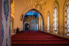 Innenraum der Kocatepe-Moschee in Ankara Lizenzfreie Stockfotografie