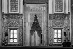 Innenraum der Kocatepe-Moschee in Ankara Stockfoto