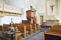 Innenraum der lutherischen Kirche Stockbilder