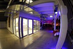 Innenraum der modernen Halle lizenzfreie stockfotografie