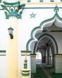 Innenraum der Moschee Stockfotos