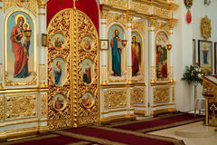 Innenraum der Russisch-Orthodoxen Kirche Stockfoto