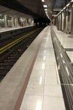 Innenraum der U-Bahnstation lizenzfreies stockbild