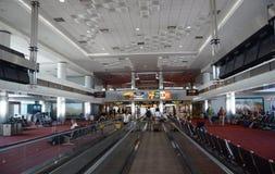Innenraum des Denver-internationalen Flughafens Stockbild