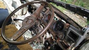 Innenraum des forgotton gebrochenen Autos Stockfotografie