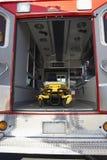 Innenraum des leeren Krankenwagens und der Rollbahre Lizenzfreie Stockfotos