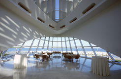 Innenraum des Milwaukee Art Museum auf Michigansee, Milwaukee, WI lizenzfreies stockfoto
