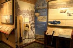 Innenraum des Museums mit der Ausstellung, die den unheimlichen Kanal in ihm ` s Blütezeit, unheimliches Kanal-Museum, Syrakus, N stockfotos