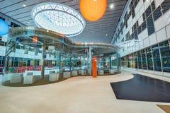 Innenraum des Neubaus in Skolkovo Technopark lizenzfreie stockbilder