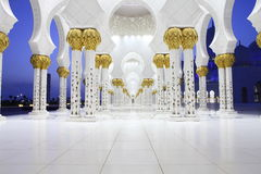 Innenraum des Scheichs Zayed Mosque, Abu Dhabi Lizenzfreie Stockfotos