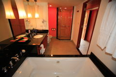 Innenraum des Waschraumes, WC, toilette, Badezimmer, Toilette, Toilette Stockfotografie