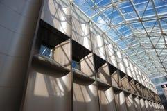 Innenraum eines Industriegebäudes lizenzfreies stockbild
