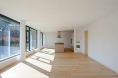 Innenraum eines modernen Hauses, gerade ein Raum leer lizenzfreie stockfotos