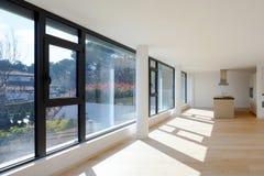 Innenraum eines modernen Hauses, gerade ein Raum leer stockbild
