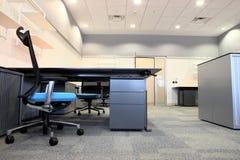 Innenraum eines neuen Büros Stockfotos