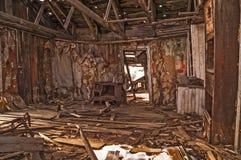 Innenraum eines verlassenen Hauses Stockfotos