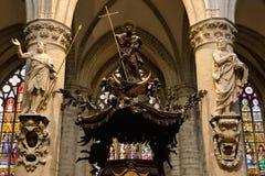 Innenraum Kathedrale der Str.-Michael und Str. Gudula stockbilder