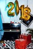 Innenraum mit Ballonen des neuen Jahres Lizenzfreie Stockbilder