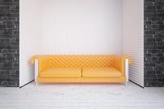 Innenraum mit gelbem Sofa Stockfoto