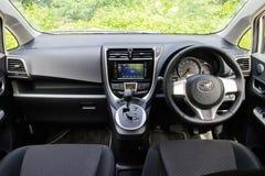 Innenraum Toyotas Ractis Japan Versions-2014 Stockbild
