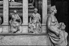 Innenraum und Details der Basilika von St Denis Paris, Fran Lizenzfreie Stockfotos