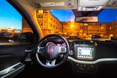 Innenraum von Auto Fiats Freemont SUV Lizenzfreies Stockbild
