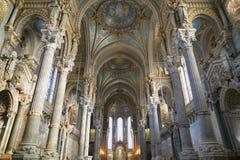 Innenraum von Basilika Notre Dame de Fourviere Stockbild
