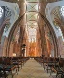 Innenraum von der des St Peter Kirche in Riga, Lettland Lizenzfreie Stockbilder