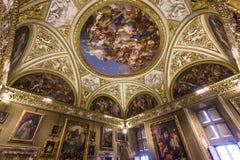 Innenraum von Palazzo Pitti, Florenz, Italien Lizenzfreie Stockfotos