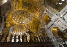 Innenraum von St- Mark` s Basilika, Venedig lizenzfreie stockfotografie