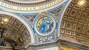 Innenraum von St- Peter` s Basilika: Fragmente von Wänden und Decke der Basilika Stockfotografie