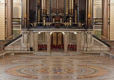 Innenraum von Str. Georges Hall, Liverpool, Großbritannien Lizenzfreie Stockfotografie