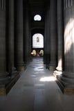 Innenraum von Str. Sulpice Lizenzfreie Stockfotos