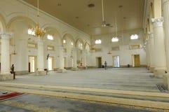 Innenraum von Sultan Abu Bakar State Mosque in Johor Bharu, Malaysia Lizenzfreie Stockfotografie