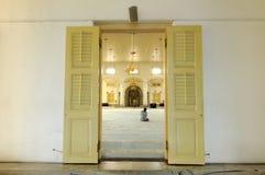 Innenraum von Sultan Abu Bakar State Mosque in Johor Bharu, Malaysia Stockfotografie