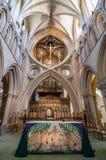 Innenraum von Wells-Kathedrale Stockfotografie