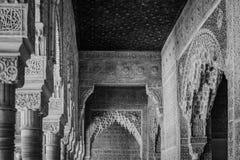 Innenschnitzen von Alhambra-Palast, Granada, Andalusien, Spanien stockbild