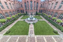 Free Inner Peace Palace Court And The Polar Bears Fountain Royalty Free Stock Photos - 161307278