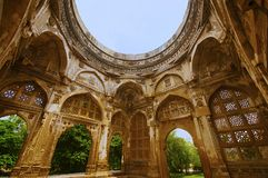 Inner view of a large dome at Jami Masjid Mosque, UNESCO protected Champaner - Pavagadh Archaeological Park, Gujarat, India. Dates to 1513, construction over stock image