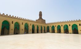 Innere Al hakim Moschee in Kairo Ägypten lizenzfreie stockfotografie