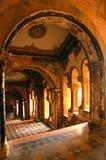 Innere Ansicht eines historischen Palastes. Stockbild