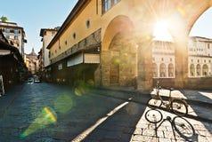 Innere Brücke Ponte Vecchio, Florenz Stockbild