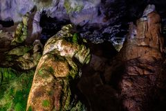 Innere bulgarische Höhle 13 Stockfoto
