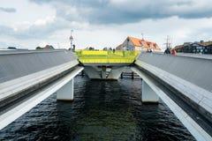 Innere Hafen-Brücke in Kopenhagen für Radfahrer und Fußgänger Stockfotos