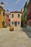 Innere Piazza in Burano Lizenzfreie Stockfotos