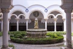 Innerer Hof Museu Condes de Castro Guimarães, Cascais, Portugal Stockfotos